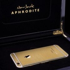 iPhone 6 and 6 Plus Go for Gold, Images of 24k Gold Editions Are Making the Rounds