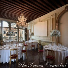 Palazzo Treves Ormesini , contemporary love stories